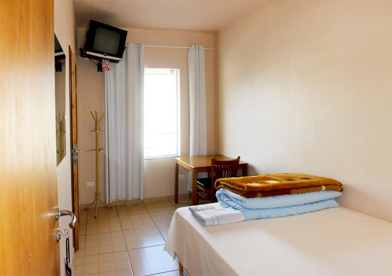 Estrutura e Serviços » Hotel Lux ~ Quarto Casal Hotel
